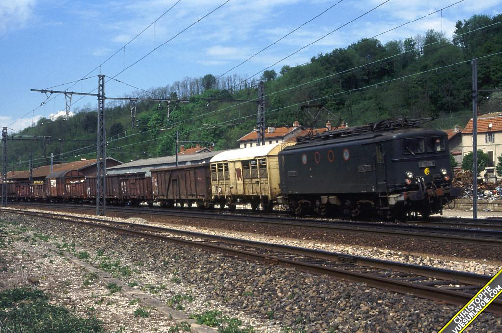 BB 8135 5 mai 1988 pont d ain jpg